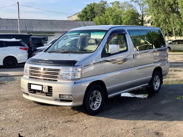 Nissan Elgrand, 2001 год, 475 000 руб.