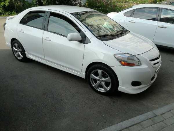Toyota Yaris, 2006 год, 390 000 руб.