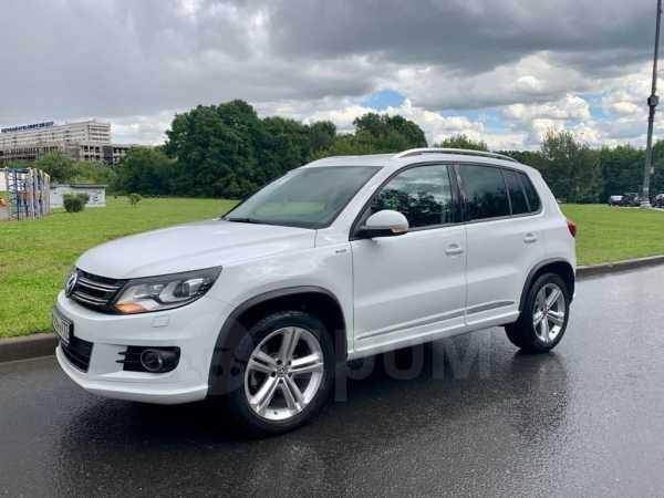 Volkswagen Tiguan, 2016 год, 1 280 000 руб.
