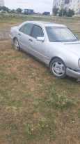 Mercedes-Benz E-Class, 1995 год, 87 000 руб.
