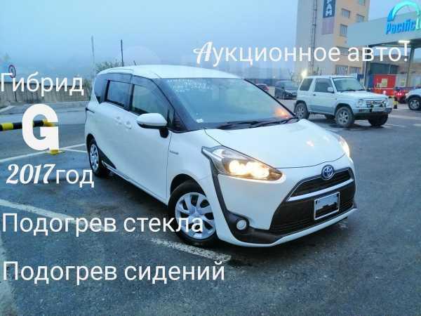 Toyota Sienta, 2017 год, 885 000 руб.