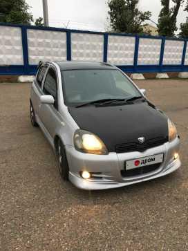 Уссурийск Toyota Vitz 2000