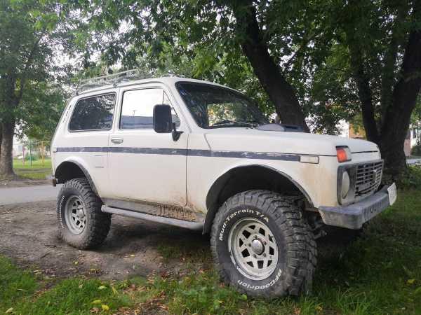 Лада 4x4 2121 Нива, 1981 год, 100 000 руб.