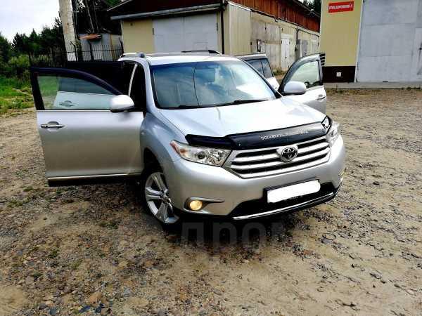 Toyota Highlander, 2011 год, 1 340 000 руб.