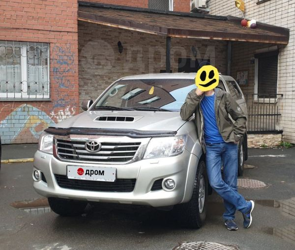 Toyota Hilux Pick Up, 2014 год, 1 351 000 руб.