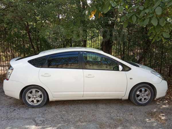 Toyota Prius, 2005 год, 349 000 руб.