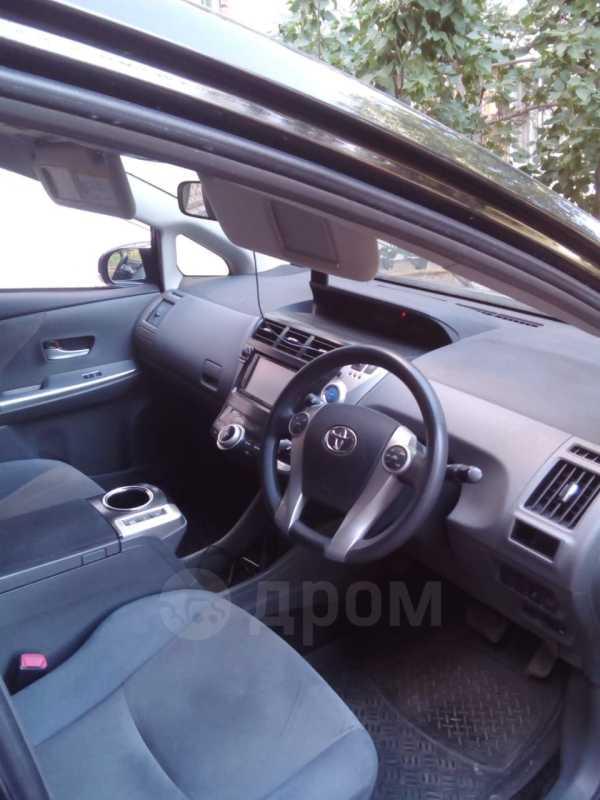 Toyota Prius a, 2012 год, 900 000 руб.