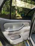 Toyota Sequoia, 2002 год, 970 000 руб.