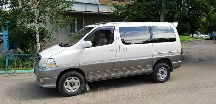 Toyota Grand Hiace, 2001 год, 320 000 руб.