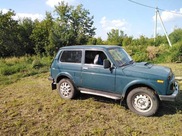 Лада 4x4 2121 Нива, 2002 год, 140 000 руб.