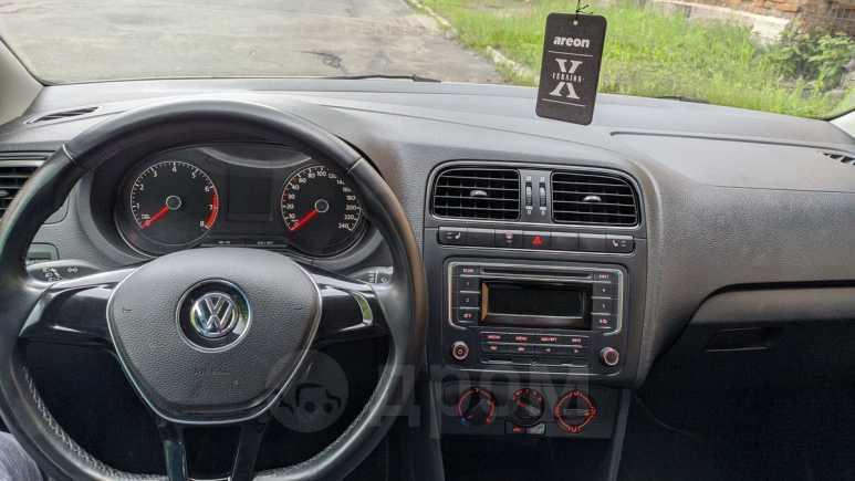 Volkswagen Polo, 2015 год, 640 000 руб.