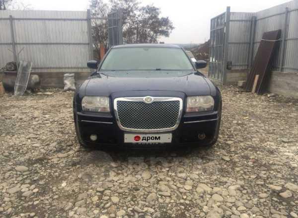 Chrysler 300C, 2004 год, 350 000 руб.