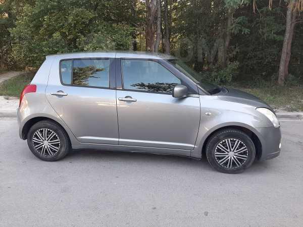Suzuki Swift, 2006 год, 288 000 руб.