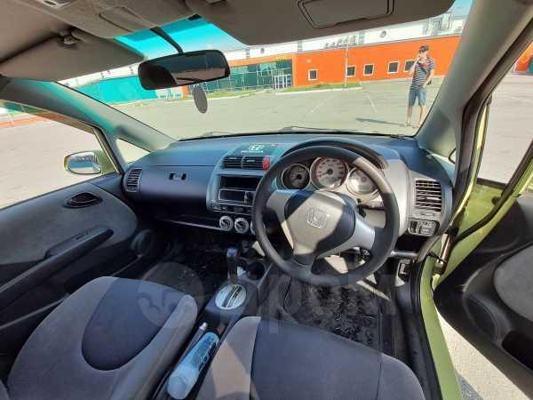 Honda Fit, 2004 год, 243 000 руб.