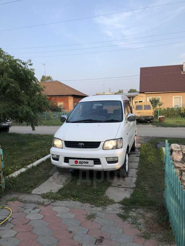 Toyota Town Ace Noah, 2000 год, 360 000 руб.
