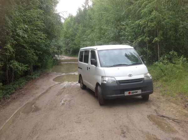 Toyota Town Ace, 2009 год, 425 000 руб.
