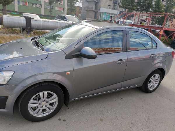 Chevrolet Aveo, 2014 год, 423 000 руб.
