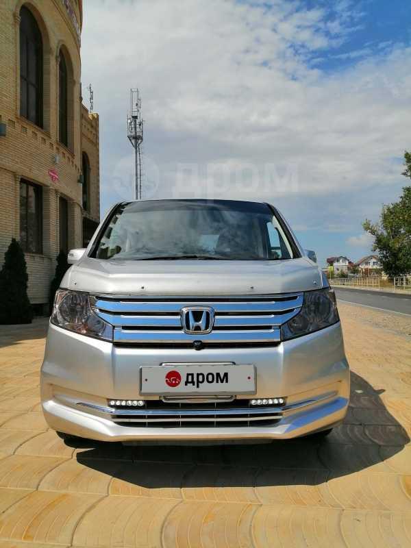 Honda Stepwgn, 2012 год, 975 000 руб.