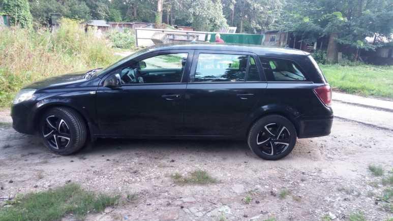 Opel Astra, 2011 год, 335 000 руб.