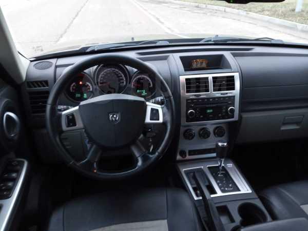 Dodge Nitro, 2008 год, 720 000 руб.