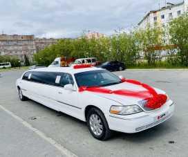 Новый Уренгой Town Car 2002
