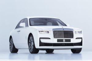 В новом поколении Rolls-Royce Ghost полностью изменился визуально и технически