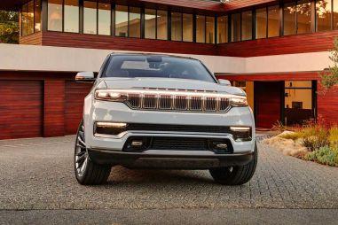 Jeep представил возрожденный Wagoneer. В нем нет никакого ретро