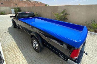 В ОАЭ показали неприлично длинный Dodge Ram 4500 с бассейном в кузове