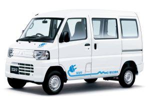 Mitsubishi внесла изменения в семейство электрофургонов Minicab MiEV