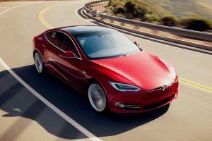 Супербыстрая Tesla Model S Plaid: 1100 л.с. и 0-100 км/ч за 2 секунды