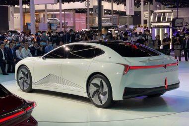 В КНР представили конкурента Tesla Model 3
