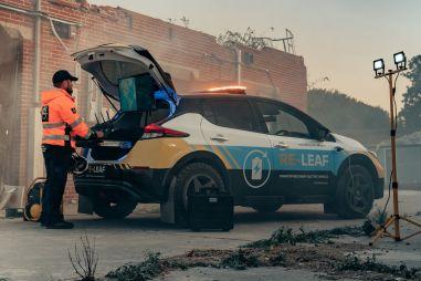 Nissan Leaf превратили во внедорожную батарейку на колесах