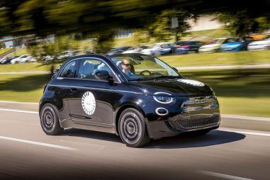 Электро в стиле ретро. Первый тест Fiat 500 третьего поколения