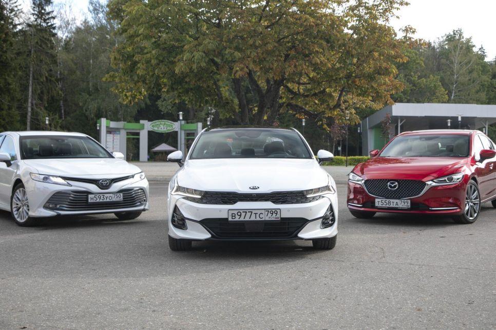 Новый Kia K5: чем он лучше Camry и Mazda6?