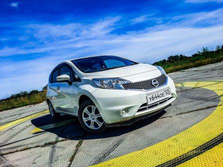 Nissan Note 2015 - отзыв владельца
