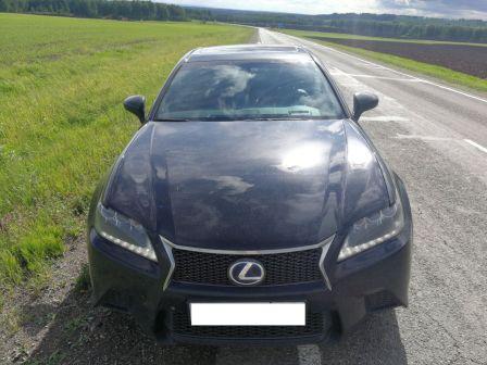 Lexus GS450h 2013 - отзыв владельца