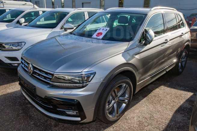 Volkswagen Tiguan, 2020 год, 2 742 400 руб.