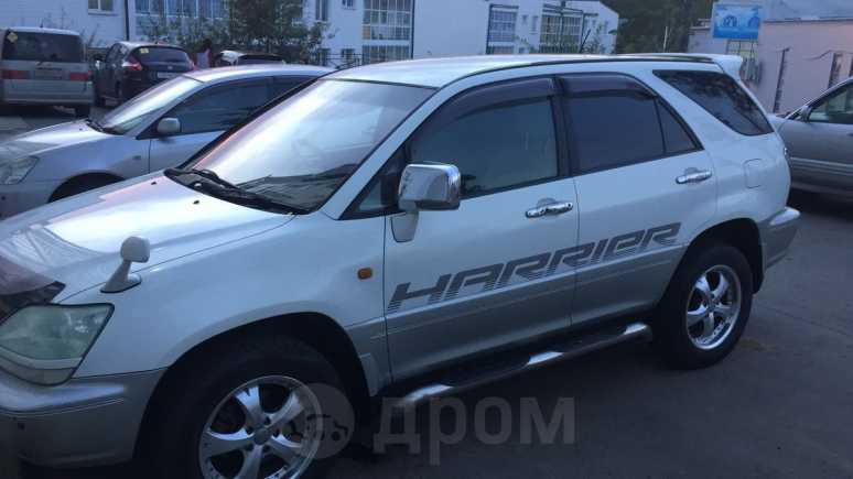 Toyota Harrier, 2001 год, 555 000 руб.
