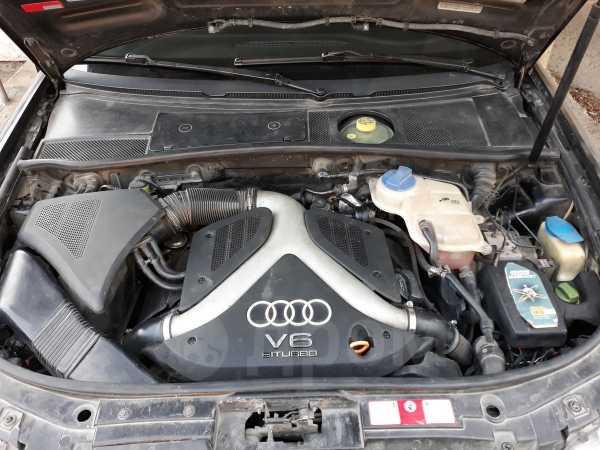 Audi A6 allroad quattro, 2000 год, 335 000 руб.