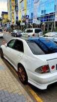 Toyota Altezza, 2000 год, 390 000 руб.