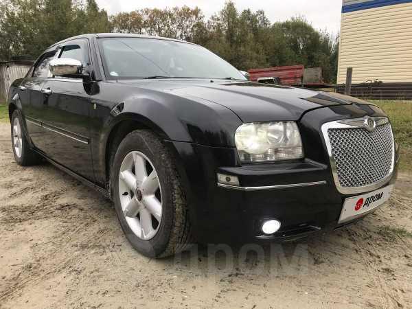 Chrysler 300C, 2004 год, 500 000 руб.