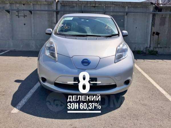 Nissan Leaf, 2011 год, 320 000 руб.