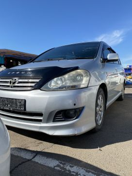 Иркутск Toyota Ipsum 2003