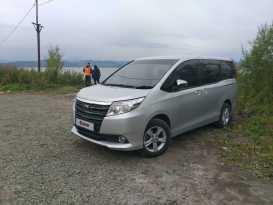 Петропавловск-Камчатский Toyota Noah 2014