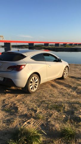 Надым Astra GTC 2012