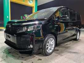 Якутск Toyota Voxy 2015