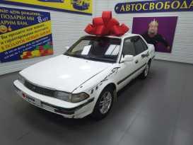Свободный Toyota Corona 1990