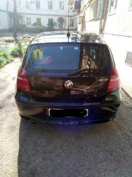 Остров BMW 1-Series 2011