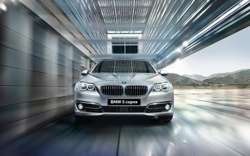 Новый BMW 5 серии THE 5 от 35 000 рублей в месяц