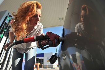 В России передумали ужесточать ограничения по недоливу бензина на АЗС